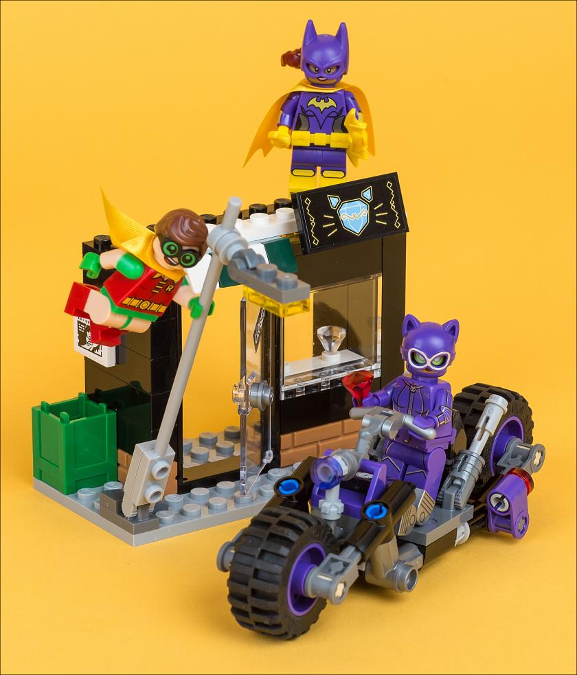 Обзор набора The Lego Batman Movie 70902 Catwoman Catcycle Chase