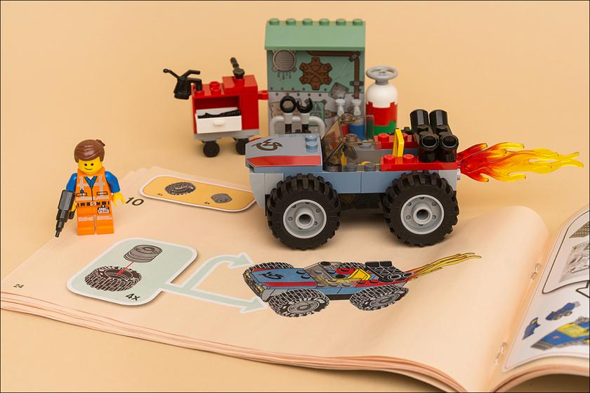 ФОТООБЗОР THE LEGO MOVIE 2 – 70821 – EMMET AND BENNY'S 'BUILD AND FIX' WORKSHOP!